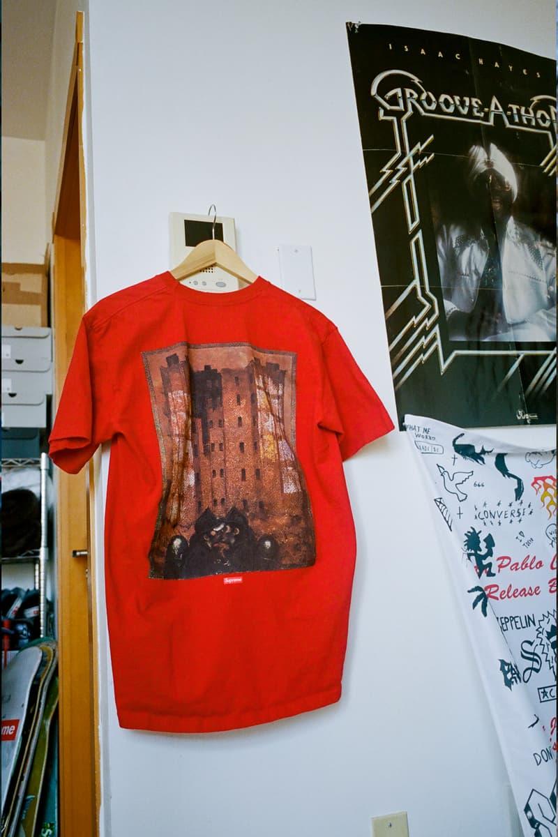 シュプリームがマーティン・ウォンをフィーチャーしたコレクションを発表 Martin Wong x Supreme FW19 Collection New York Artists Barry Blinderman Miguel Piñero Daze Paintings hoodies shirts rayon