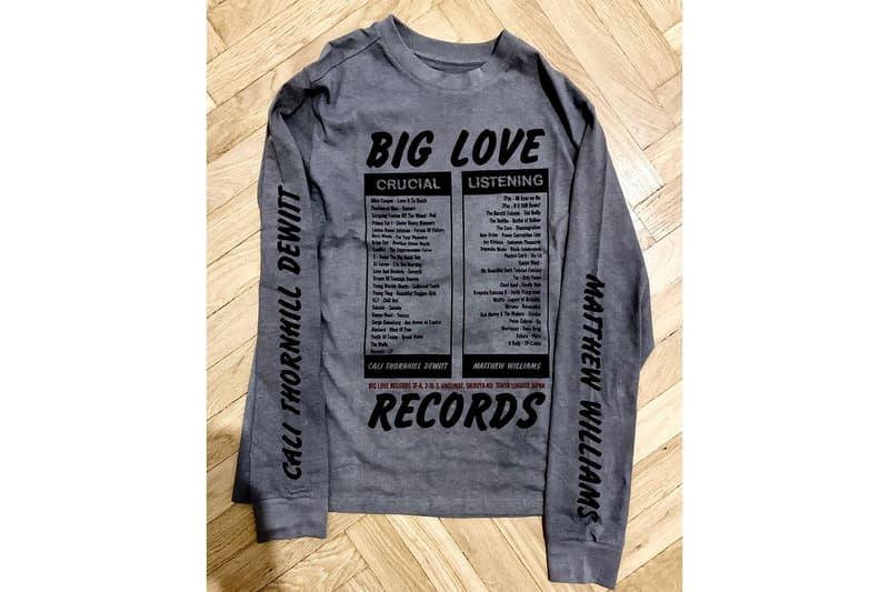 ビッグラブ x アリクス x カリソーンヒルデウィットによるコラボTシャツが発売 Big Love Records x マシュー・ウィリアムズ x カリ・ソーンヒル・デウィットによるコラボTシャツが発売 Big Love Records x Matthew M. Williams x Cali Thornhill DeWitt によるトリプルコラボTシャツが発売