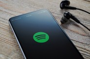 Netflix が Spotify の誕生秘話を描いたドラマを制作