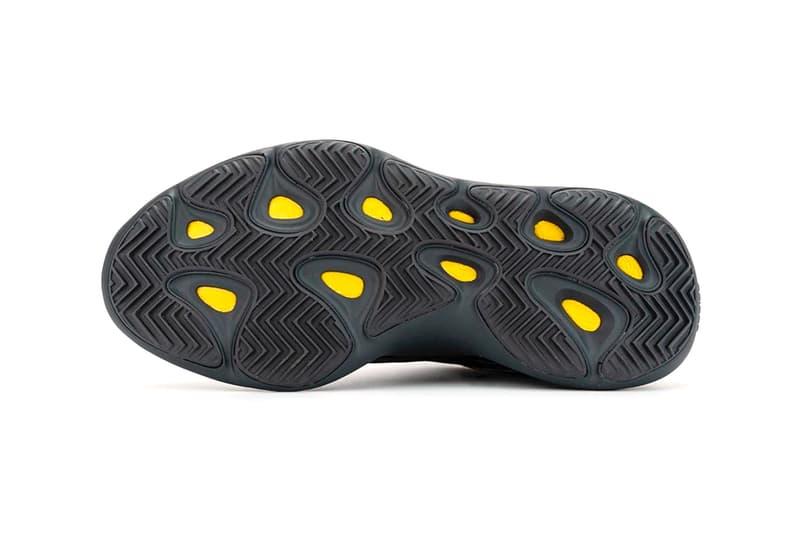 """イージーブースト700 V3 の新色モデル""""アルヴァ""""の発売情報が浮上 adidas YEEZY 700 V3 Alvah Closer Look H67799 Release Info Date Buy Price Black Kanye West"""