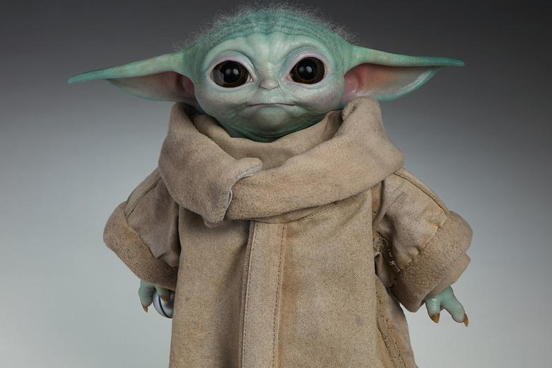 Baby Yoda ベビーヨーダ フィギュア Official Life-Size Figure The Mandalorian マンダロリアン