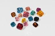 Swarovski からカラー合成ダイヤモンドのコレクションが発売