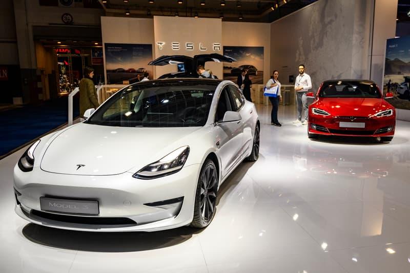 テスラ 米電気自動車メーカー Tesla の時価総額が1000億ドルを突破 tesla ev electric cars elon musk stocks record price fourth 4th quarter financial results revenue Inof