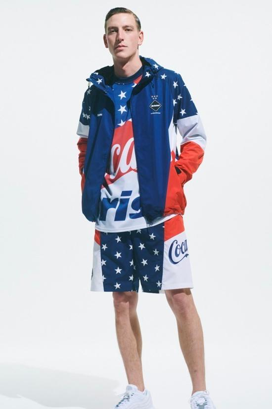 FCRB × コカ・コーラによる最新コラボコレクションがローンチ Coca Cola F C Real Bristol 2020 spring summer Capsule collection sophnet soph japanese designers streetwear star spangled red white blue monochromatic jackets shorts hoodies