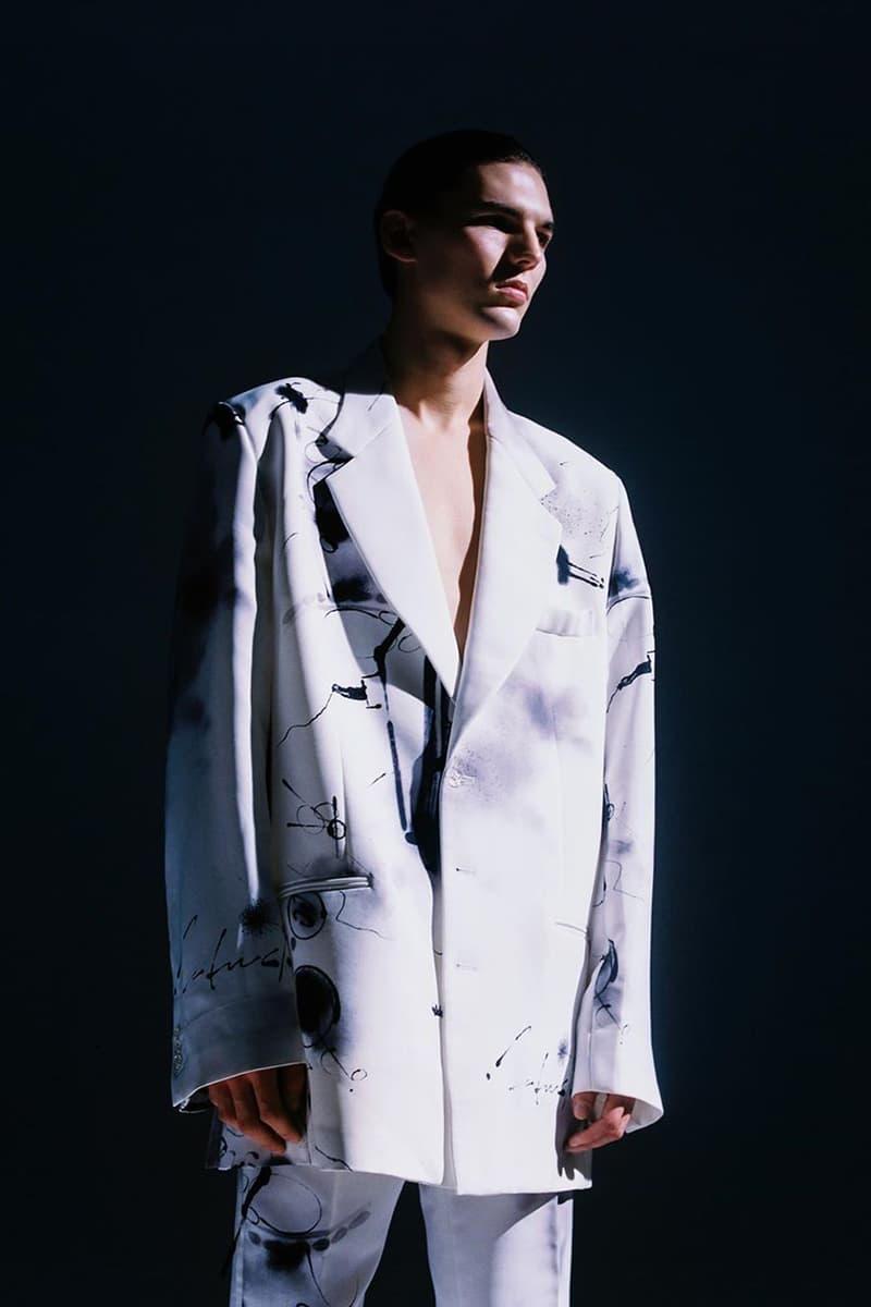 オフホワイト™ c/o フューチュラのルックブックが公開 Futura 2000 x Off-White™ Capsule Collection Lookbook Closer Look Thibaut Grevet Virgil Abloh Menswear Clothing Streetwear Prints Patterns Coats Outerwear