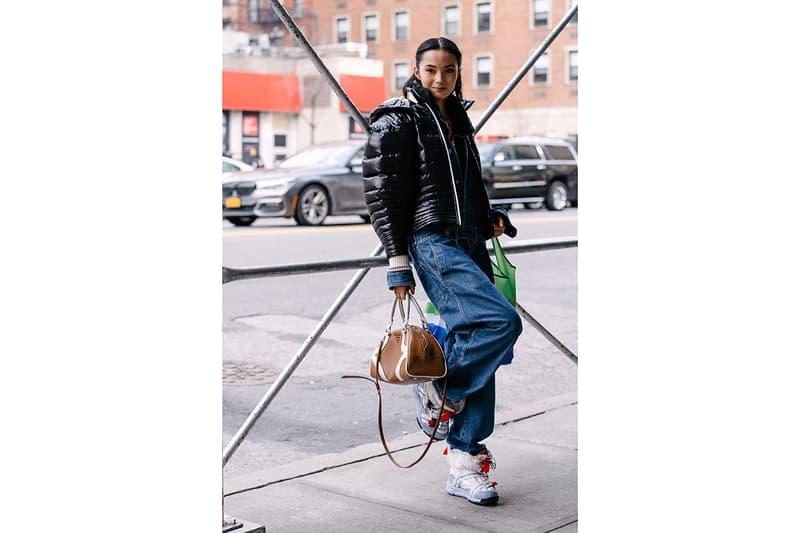 ストリートスタイル:2020年秋冬ニューヨークファッションウィーク Streetstyle:New York Fashion Week Men's Fall/Winter 2020 New York Fashion Week Men's Fall/Winter 2020 Street Style Menswear Footwear Womenswear Looks Sneakers Outerwear Undercover x Supreme Louis Vuitton Virgil Abloh Off-White x Nike Tom Sachs Mars Yard Dior Kim Jones Scarr's Pizza AF1