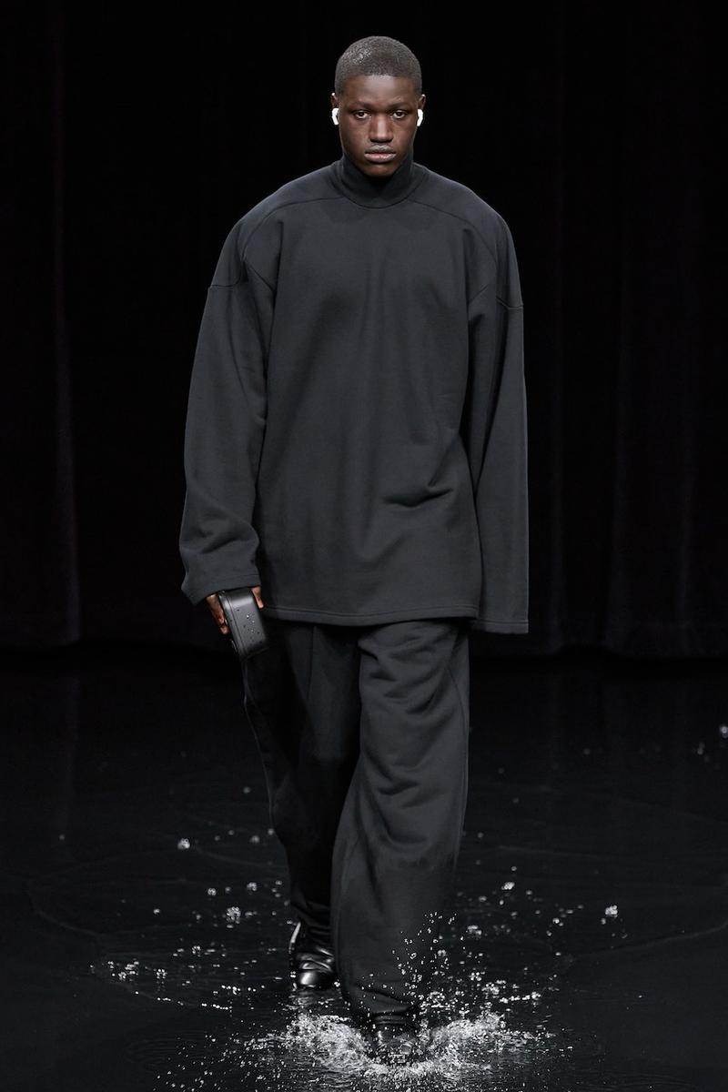 バレンシアガ 2020年秋冬コレクション Balenciaga Fall/Winter 2020 fw20 Runway Show Paris Fashion Week Climate Change  Demna Gvasalia Menswear Womenswear collection