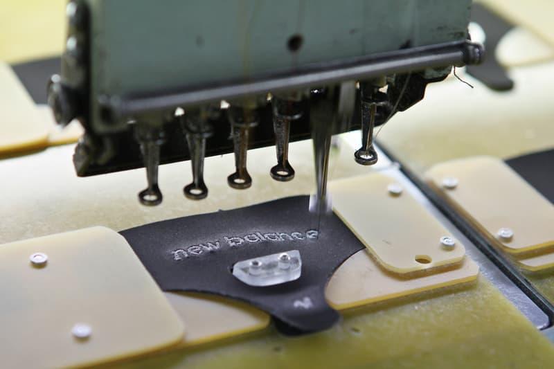 ニューバランスがマスクの生産に着手 コロナ New Balance All Hands On Deck Make Face Masks Hospital community COVID 19 coronavirus Made shoes yesterday Making masks today factories Massachusetts Lawrence new england