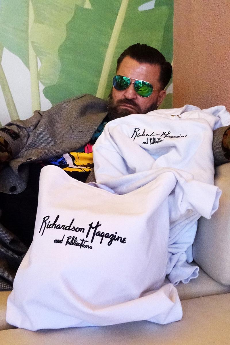 """Richardson が LA のホテルからインスパイアされた2020年春夏コレクションを発表 Richardson """"Magazine & Publications"""" Collection SS20 Spring Summer 2020 First Look Release Date Announcement Lookbook Beverly Hills Hotel in Los Angeles Towel Pink Green White T-Shirts Sweater Hoodie Tote Bag Bucket Hat"""