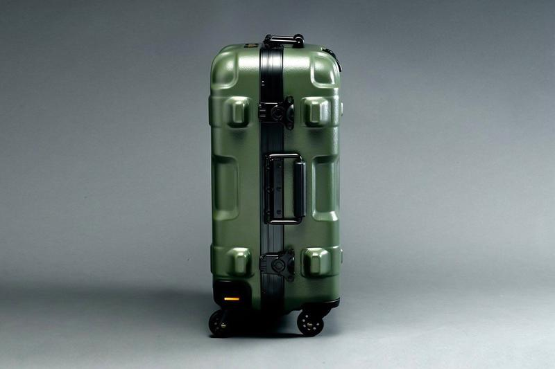 ストリクト ジー STRICT-G× PROTEX からガンダムシリーズをモチーフにしたスーツケースが登場 STRICT-G x PROTEX Mobile Suit Gundam Suitcases zaku Bandai Japan Char Aznable travel luggage
