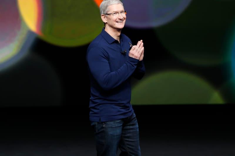 アップル Apple が新型コロナウイルスの医療従事者に向けてフェイスシールドを大量生産 Apple to Produce One Million Face Shields per Week coronavirus covid-19 sars-2 medical workers professionals frontline 20 million N95 masks hospitals