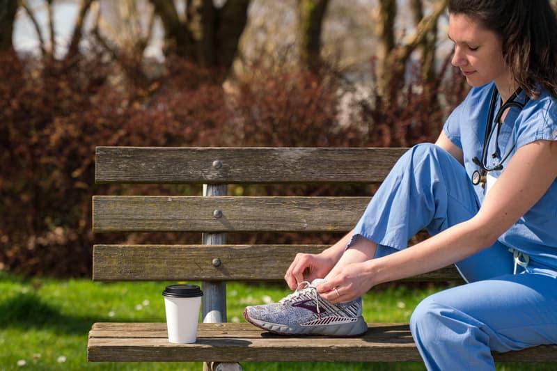 米国シアトル発アクティブウェアのブランド BROOKS が医療従事者に向けて1万足のシューズを製造 Brooks Running Shoe Donation Healthcare Worker Professionals 2019 Rock'n'Roll Seattle Marathon 1/2 Marathon Seattle Washington
