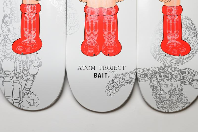 BAIT が『鉄腕アトム』をフィーチャーした限定スケートデッキをリリース  bait x astro boy atom project glow in the dark skateboard deck set of three triptych skate skateboards