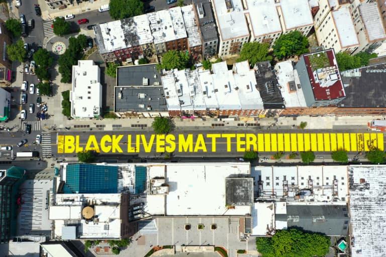"""BLM ブラックライブスマター 再開される NBA のコートに """"Black Lives Matter"""" のペイントが施されることが明らかに"""