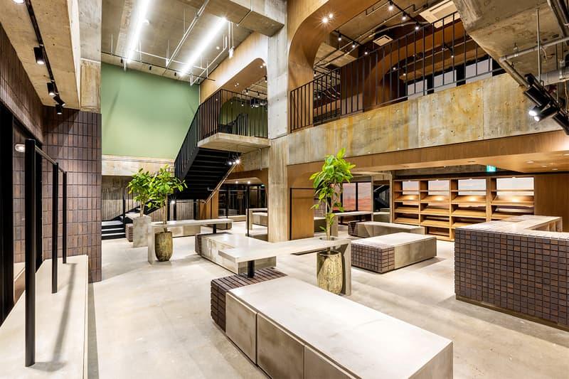 沖縄を拠点とするセレクトショップ チョコレートジーザス Chocolate Jesus が3店舗を統合した新ストアをリニューアルオープン