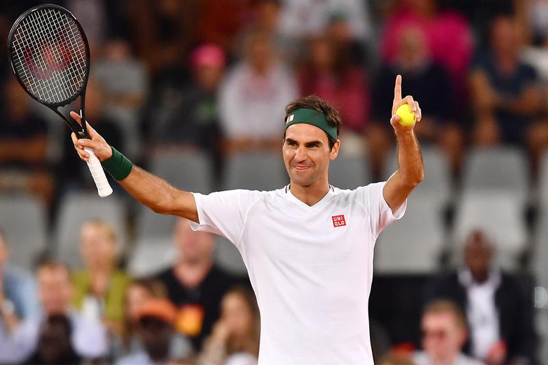 Forbes World's Highest Paid Athletes 2020 List roger federer cristiano ronaldo lionel messi neymar lebron james stephen curry kevin durant tiger woods kirk cousins carson wentz naomi osaka serena williams