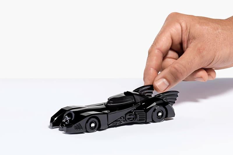 スワロフスキーからバットマンのクリスタルコレクションが登場 Swarovski Black-Crystal Batman and Batmobile tim burton dark knight Michael Keaton Jack Nicholson Kim Basinger Vicki Vale comics DC comics crystal home decor