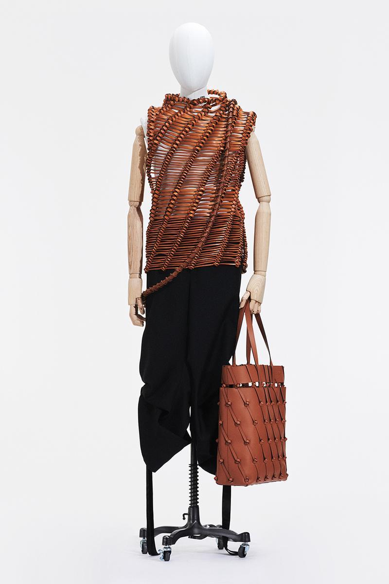 ロエベ2021年春夏コレクション LOEWE's SS21 Collection Is Almost Entirely Inspired by Circles