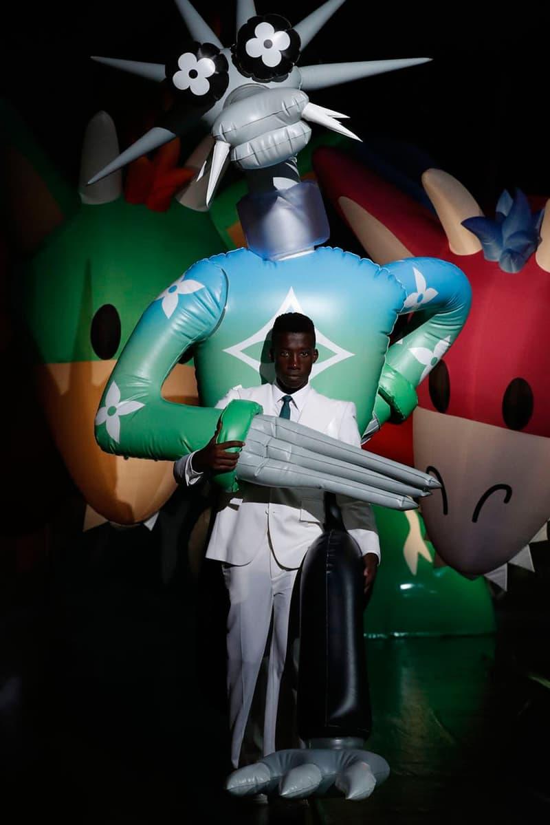 ルイ・ヴィトン 2021年春夏メンズコレクション Louis Vuitton SS21 Runway Show Tokyo, Virgil Abloh Response criticism imitation copy walter van beirendonck teddy bear show notes spring summer 2021 caleb femi benji b collection presentation video watch takashi miike