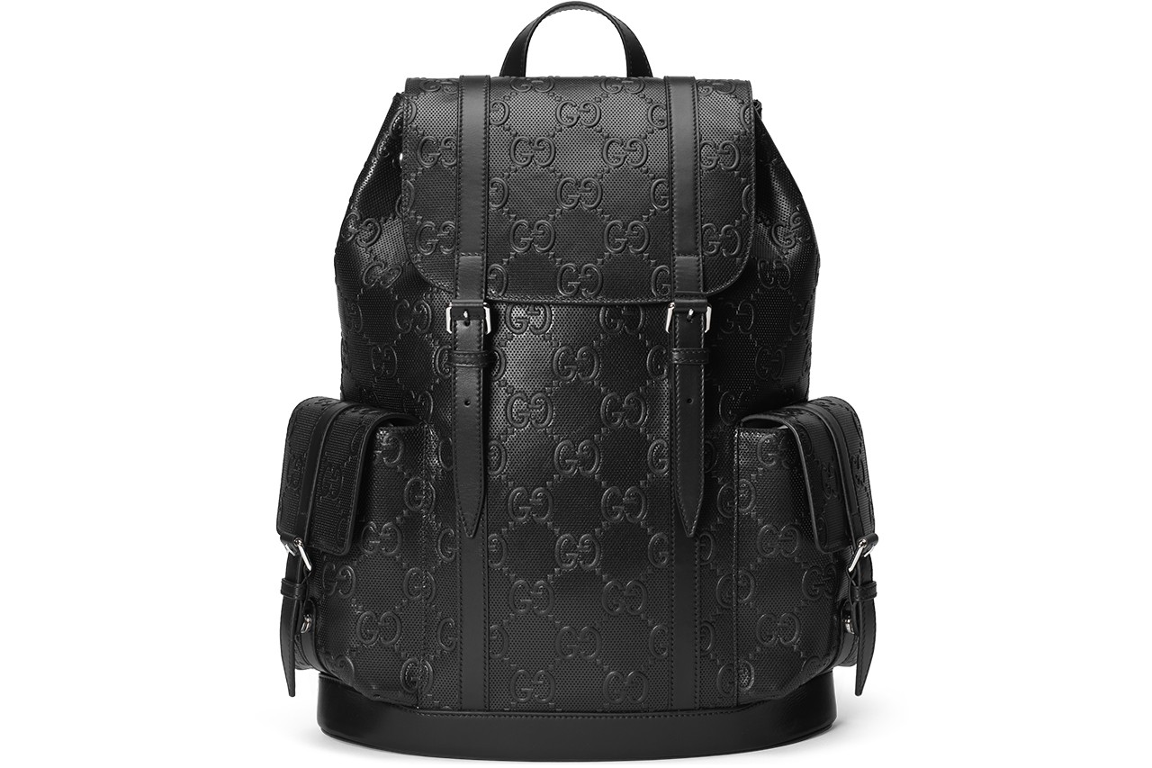 Gucci がブラックで統一されたレザーグッズのラインをローンチ