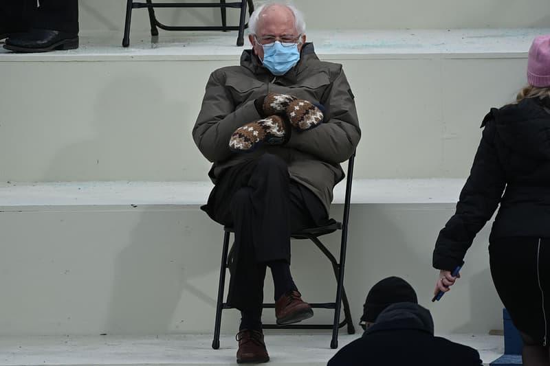 バーニー・サンダース着用のミトン手袋がゲットできるチャンス到来 You Can Now Buy Bernie Sanders' Viral Inauguration-Stealing Mittens
