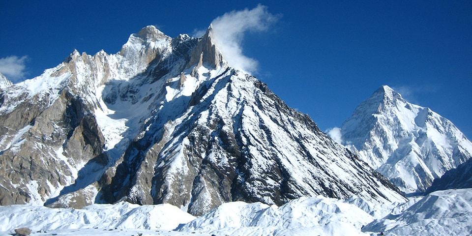 冬季未登頂峰だった世界第2位の高峰 K2 が遂に登頂される