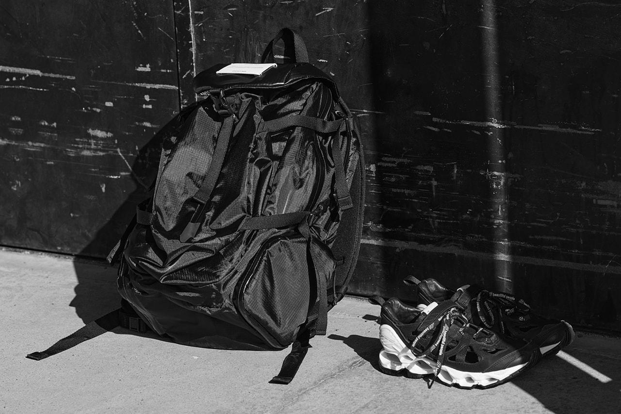 UNIQLO UNIQLO UT HARUKI MURAKAMI ASICS KUMA KENGO ASICS METARIDE MIZUNO BEAUTIFUL PEOPLE Dr. Martens  SUICOKE Supreme  Nike
