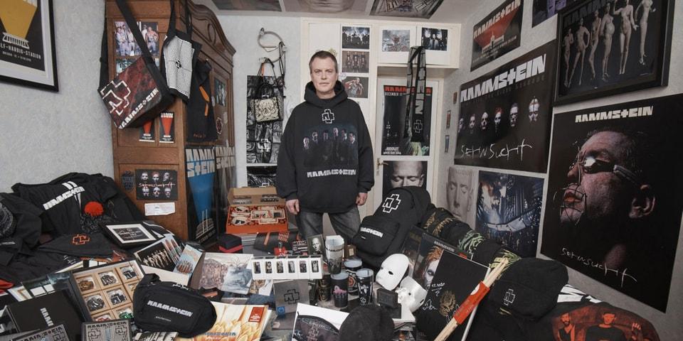 Balenciaga がメタルバンド Rammstein とのコラボピースを発売
