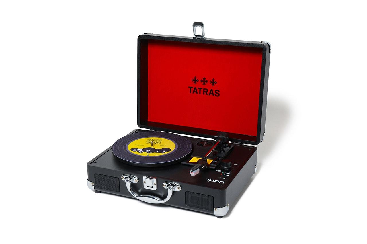 タトラスが 2Pacとスライ・アンド・ザ・ファミリー・ストーンとのコラボアイテムを発売 TATRAS 2Pac Sly & The Family Stone collab T-shirt Vinyl Motion record player turntable release info