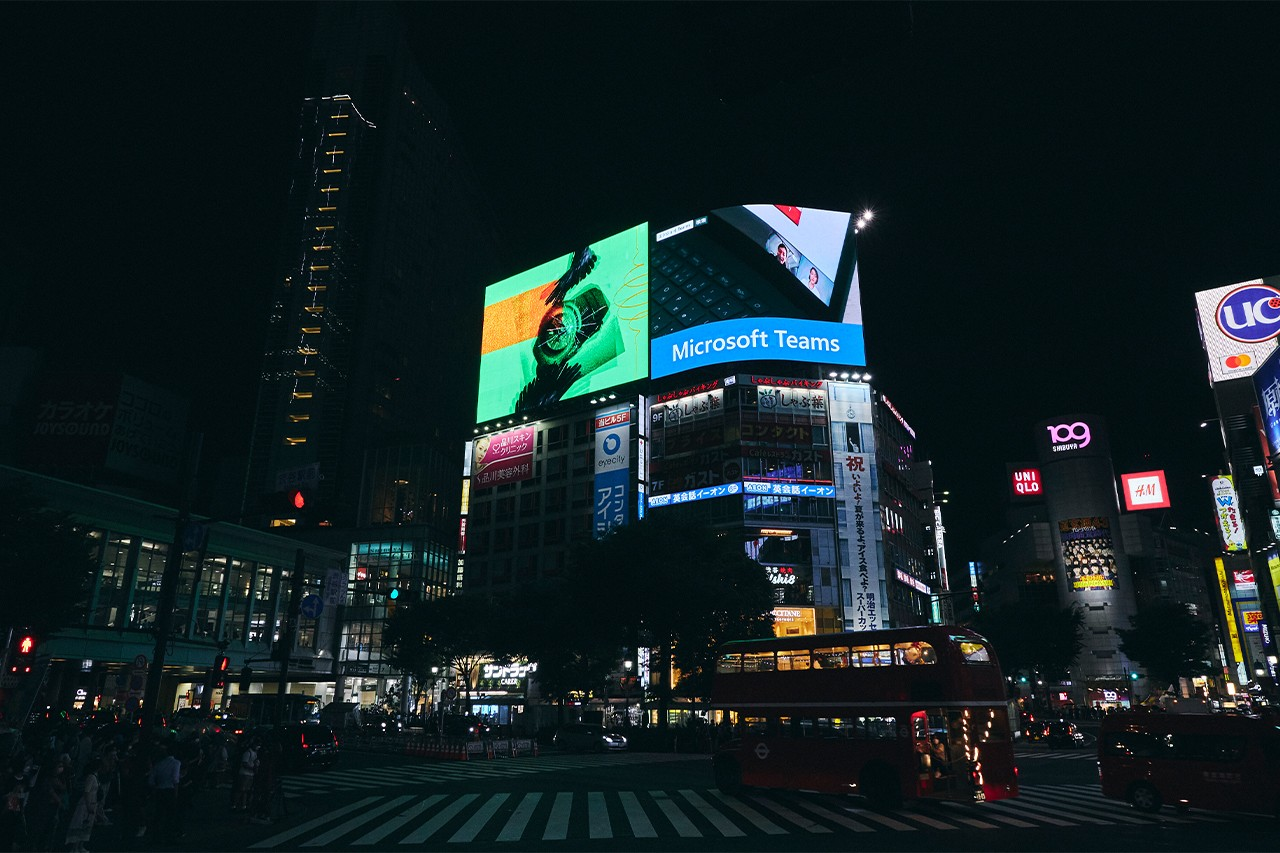 Gショック G-SHOCK × YOSHIROTTEN ヨシロットン による現代の東京の夜の音楽シーンをイメージしてデザインされたコラボレーションウォッチを深掘り