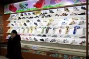 북한의 '짭' 스니커 매장, 그들이 '사는' 세상