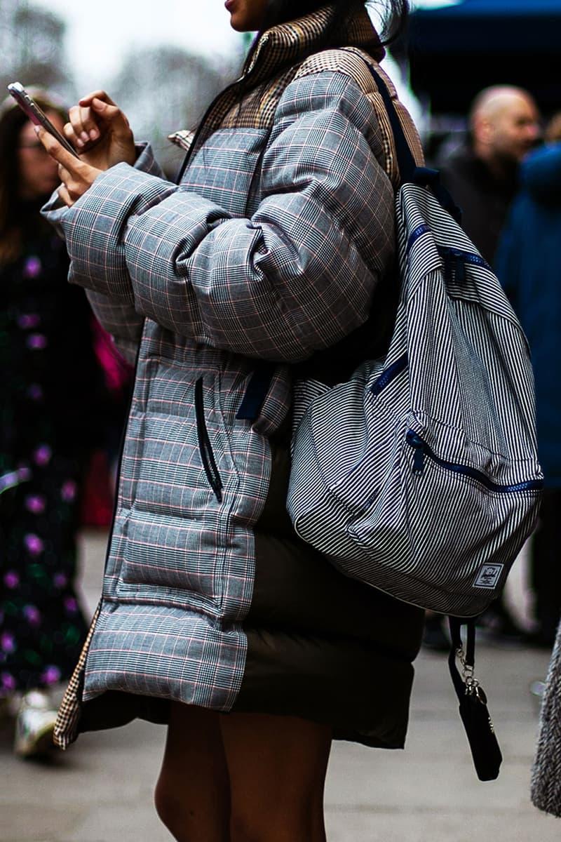 스트리트 스냅 2019 가을 겨울 런던 패션위크  jw 앤더슨 팔라스 발렌티노 구찌 꼼데가르송 뉴발란스 라프 시몬스 반스 버버리 베르사체 생로랑 샤넬 아디다스 펜들턴 펜디 프라다 빈티지