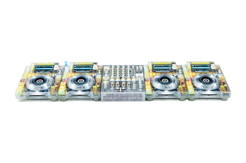 버질 아블로 x 파이오니아 DJ의 투명 믹서 및 CDJ, 시카고 현대 미술관 '피겨스 오브 스피치' 전시예정