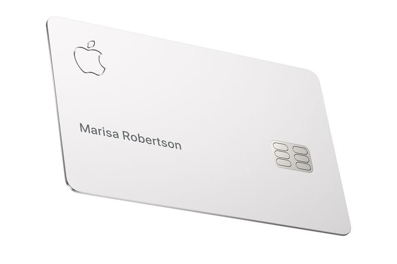 애플 카드 실물 애플 직원들을 통해 공개, 아이폰과 근거리 무선 통신으로 페어링