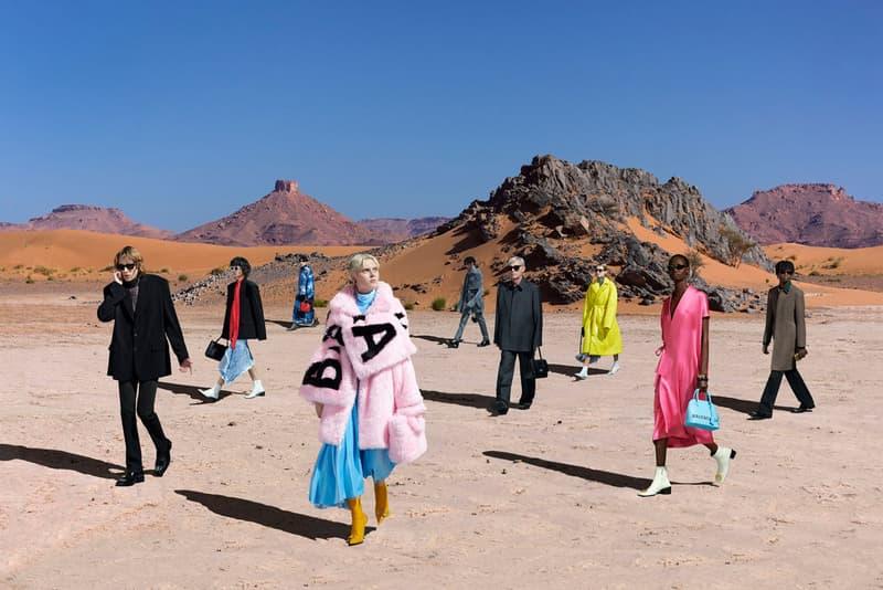 발렌시아가, 모로코 사막에서 진행된 2019 FW 캠페인 보기