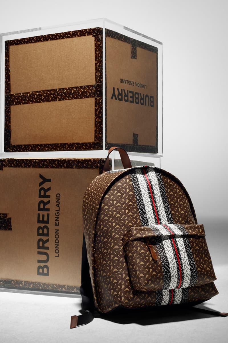 지지 하디드가 참여한, 버버리 'TB 모노그램' 캠페인 및 제품 보기
