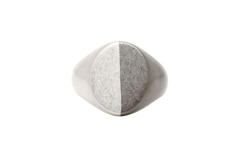 메종 마르지엘라의 11번 라인, '듀오 톤' 액세서리 컬렉션 팔찌 반지