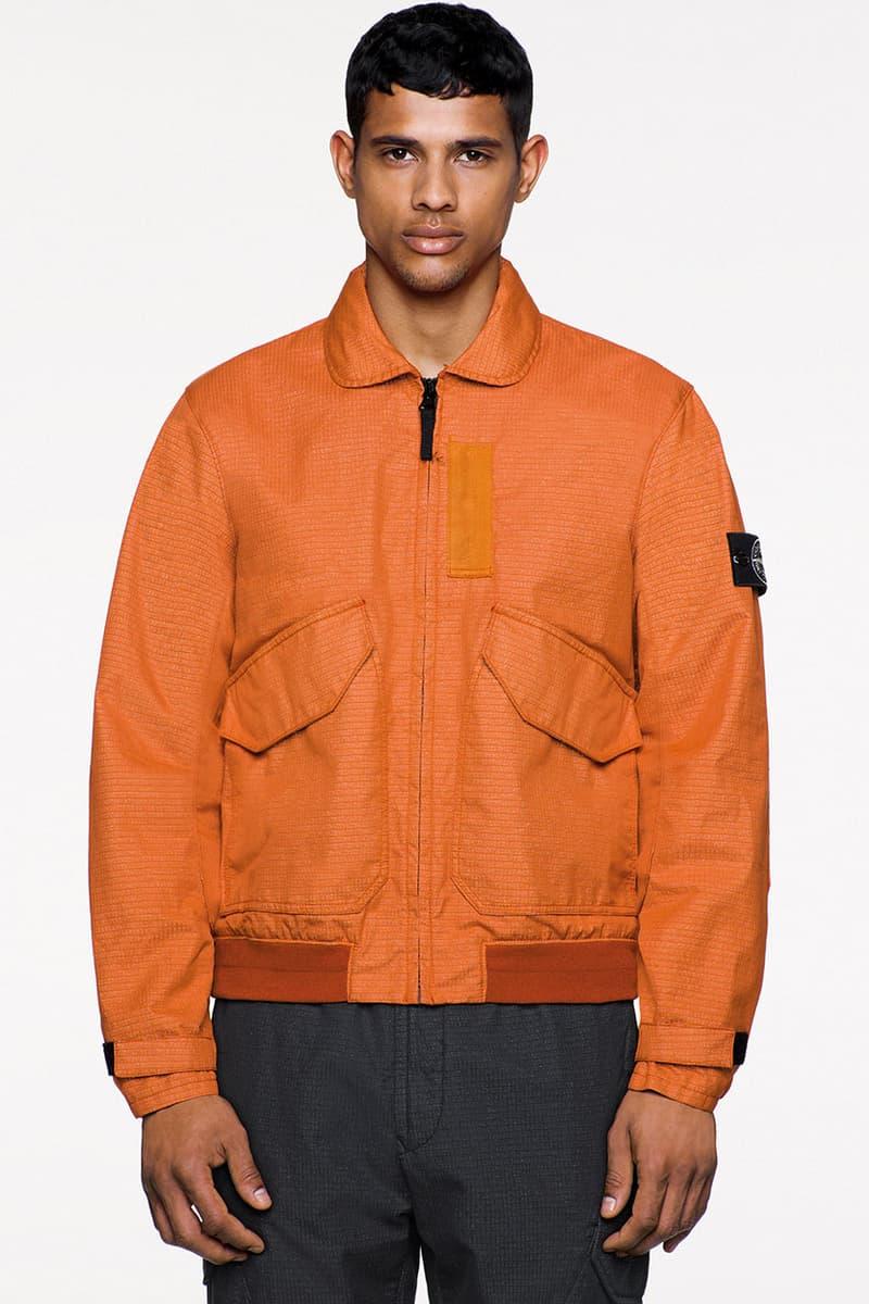 아노락, 항공 재킷, 플리스 포함된 스톤 아일랜드 가을, 겨울 2019 / 2020 '아이콘 이미저리' 컬렉션 룩북 보기
