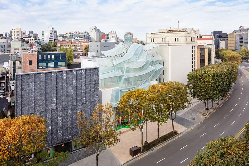 루이 비통 메종 서울, 강남구 청담동에 오픈하다, 에스파스, 알베르토 자코메티