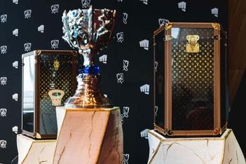 Picture of 약 9백 시간의 노고, 루이 비통의 '리그 오브 레전드' 월드챔피언십 트로피 케이스