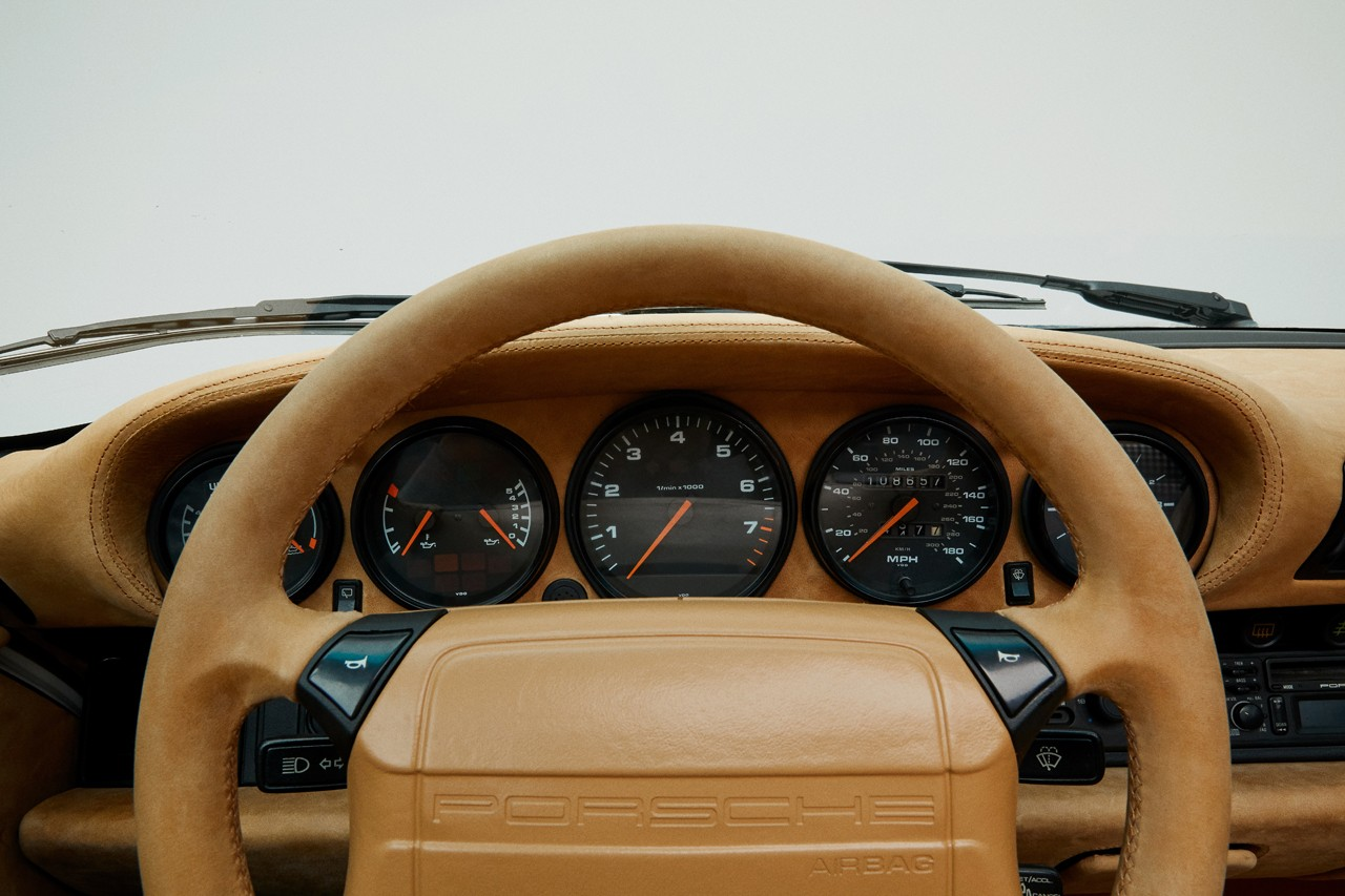 에임 레온 도르 x 포르쉐 콜라보, 911 카레라 4 ALD 964, 첫 실물 공개