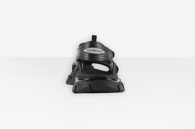 발렌시아가, 샌들 버전으로 새롭게 제작된 트랙 스니커 2종 출시, 에센스