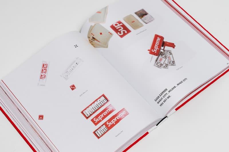 25년간 출시된 슈프림 액세서리를 전부 담은 책 출간, 스티커, 협업