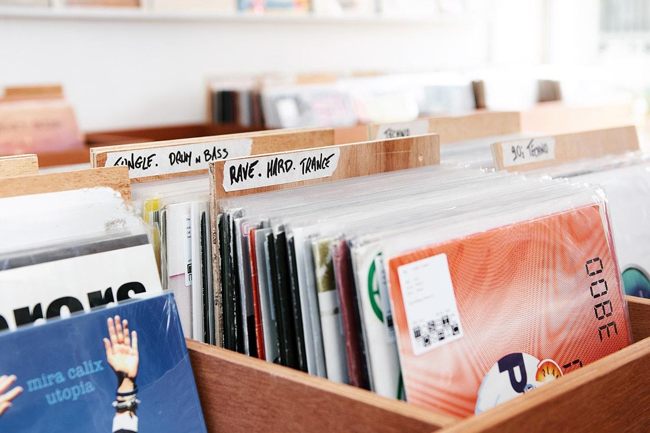모자이크 서울이 들려주는 바이닐 이야기, DJ 6TS, 서울 레코드숍, LP, 턴테이블, 믹서, 회현동, 바이닐앤플라스틱, 이태원, 클럽