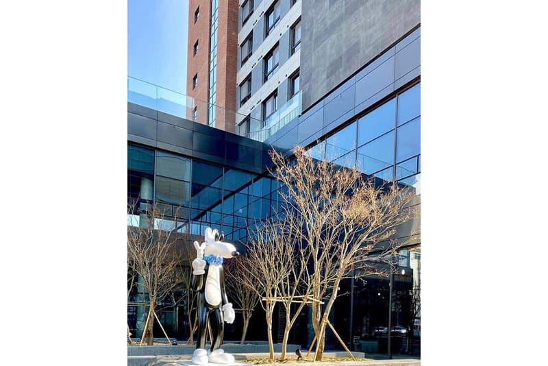 스티븐 해링턴의 첫 야외 영구 조각상이 한국에 한국에 설치됐다, 로프트원, 태릉입구, 사이키델릭 팝, steven harrington