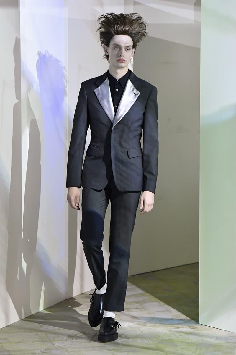 꼼데가르송 옴므 플러스 2021 SS 컬렉션에 포함된 나이키 협업 카니보어의 모습은?, 협업 스니커, 레이 가와쿠보