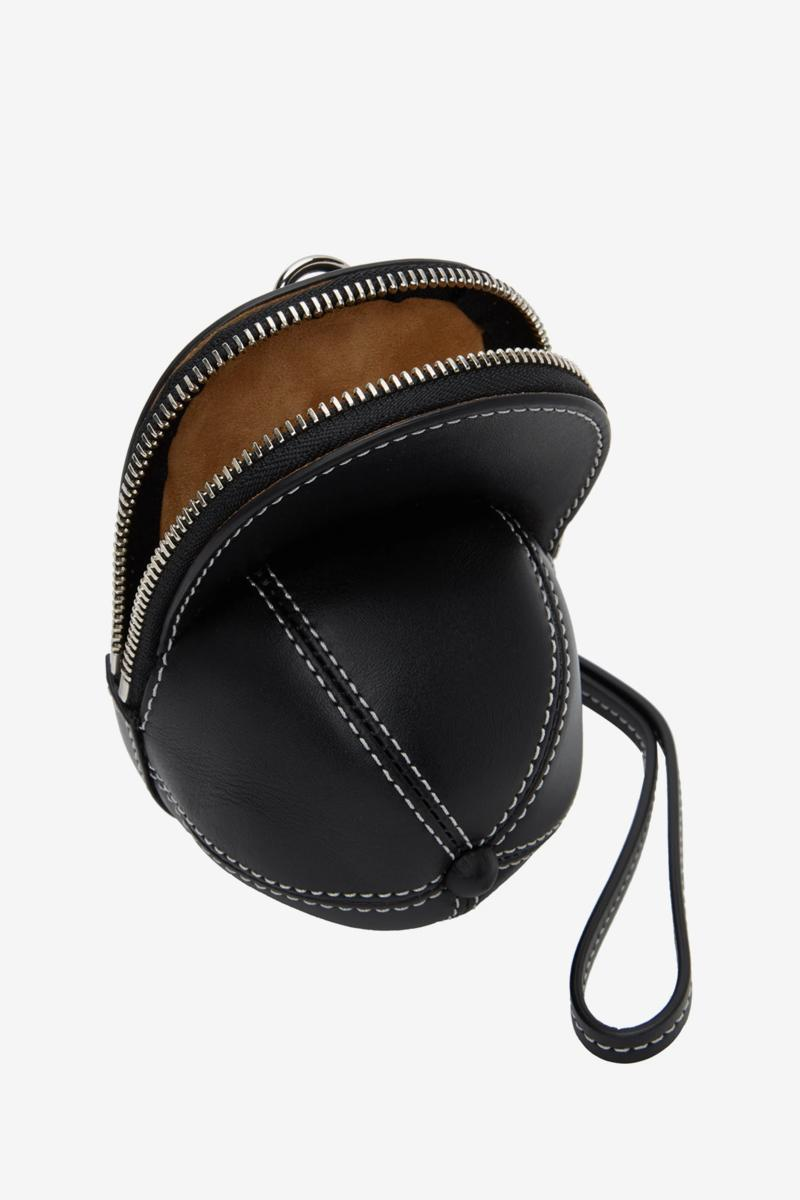 J.W. 앤더슨, 야구 모자를 본뜬 귀여운 나노 캡 백 출시, 귀여운 가방, 패널 캡, 미니 백