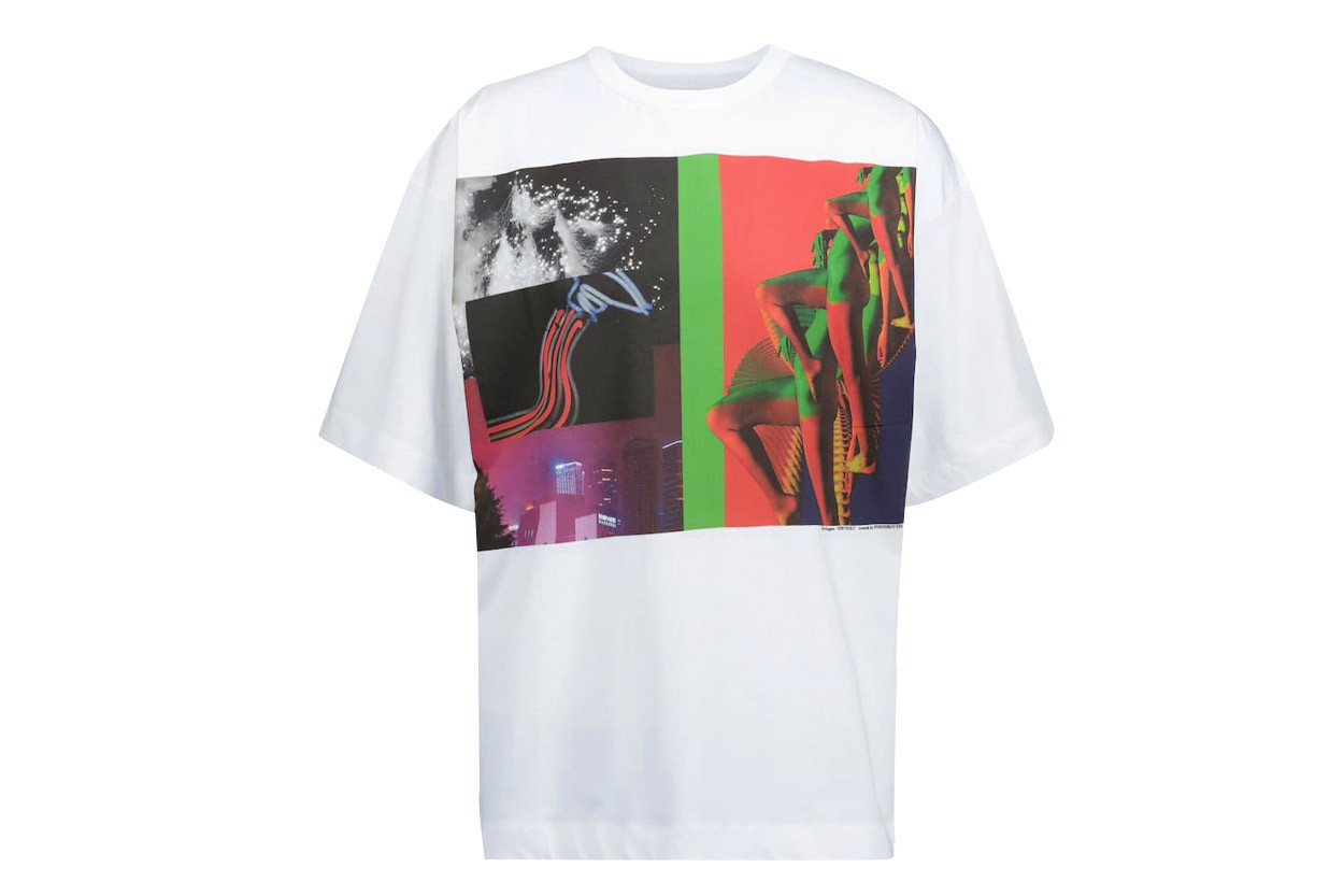 J.W. 앤더슨, 메종 키츠네, 언더커버 등에서 고른, 그래픽 프린트 티셔츠 10
