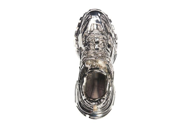 발렌시아가 '트랙 2' 동상 출시, 뎀나 바잘리아, 단돈 7백88만 원, 은빛으로 빛나는, 장식품, 럭셔리, 명품