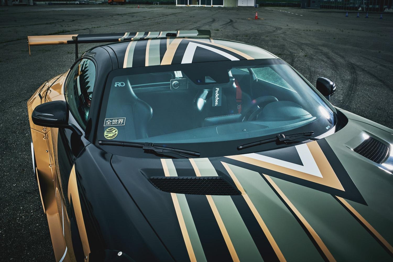 에어 맥스 90에서 영감받은, 메르세데스-AMG GTS, 피치스, PEACHES, 메르세데스-벤츠